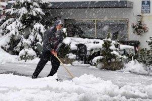 Синоптики спрогнозировали украинцам в Старый новый год гололедицу и снегопады