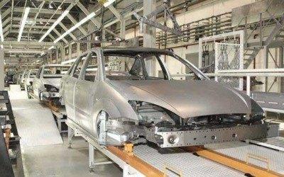 Виробники автозапчастин припиняють роботу в Росії