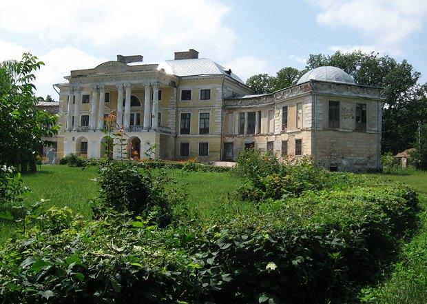 Дворец Грохольских в Вороновице