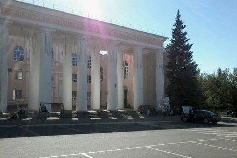 У Луганську підірвали пам'ятник бойовикам
