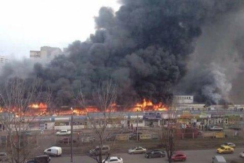 """В Одесі судитимуть зварювальника за пожежу на ринку """"Меркурій"""""""