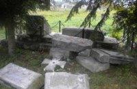 Польша не раскрыла ни один из 14 случаев вандализма в отношении украинских памятников с 2014 года
