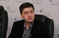 Коррупция и бесконтрольность власти - главные угрозы демократии в Украине, - опрос