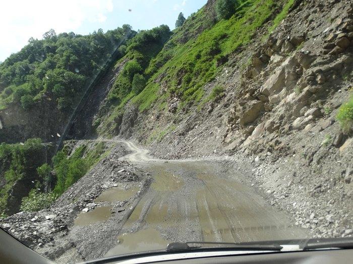 Дорога між Местіа і Ушґулі