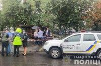 На вулиці Новаторів у Києві побили і застрелили чоловіка