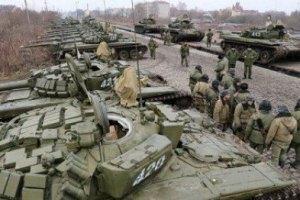 Росія продовжує накопичувати війська біля кордону з Україною, - РНБО