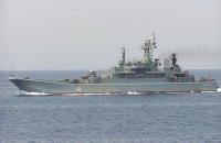 Російський десантний корабель провів стрільби в Чорному морі