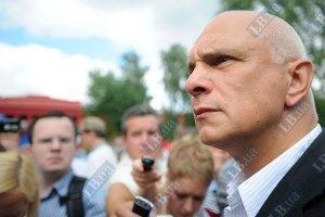Муж Тимошенко надеется на мужество Януковича