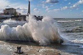 В Крыму опять штормит