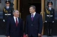 Янукович предлагает объединить Европу и Азию
