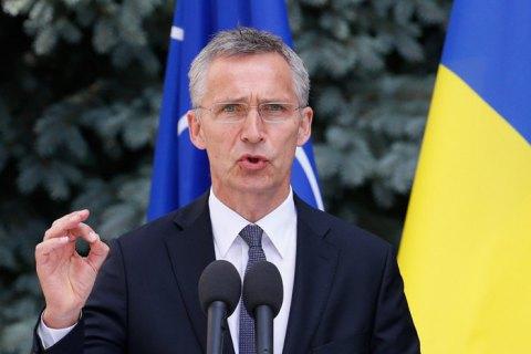 Столтенберг - Порошенко: мы поддерживаем стремление Украины в НАТО, но приоритетом должны быть реформы