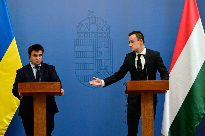Министр иностранных дел Украины Павел Климкин и министр иностранных дел и торговли Венгрии Питер Сиярто