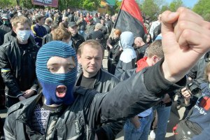 За зубы львовских националистов дают $5000