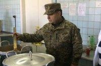 Полторак пообещал бойцам АТО питание по стандартам НАТО