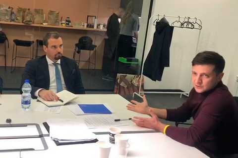 Зеленский пообещал, что не вернет Приватбанк Коломойскому в случае победы