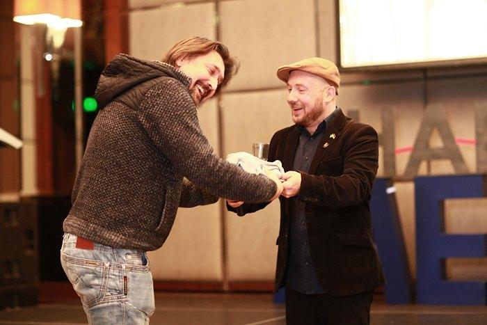 Під час церемонії були оголошені й переможці кінофестивалю українського незалежного короткометражного кіно «Бардак».