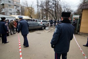Милиция задержала подозреваемых в стрельбе возле одесского суда