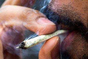 Колумбія легалізувала малі дози марихуани та кокаїну