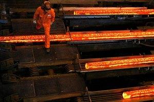 В мире падают цены на сталь