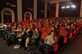 Кабмин отменил обязательный дубляж фильмов на украинский язык