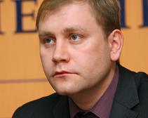 За первые 100 дней мэрства Ивана Куличенко в городе нарастает социальное напряжение, - Максим Курячий