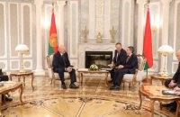 """Лукашенко назвал Беларусь """"восточной Швейцарией"""""""