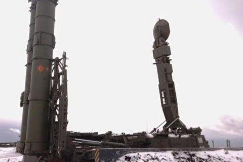 Росія розміщує ракети на спірних з Японією Курильських островах (оновлено)