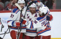 "НХЛ: Нэш выиграл для ""Рейнджеров"" дерби Нью-Йорка"