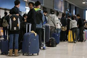 В Японии отменили 400 авиарейсов