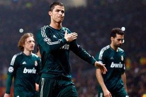 """""""Реал"""" вже на 4 очки випереджає """"Барсу"""" в турнірній таблиці Прімери"""