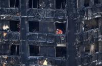 Число жертв пожара в лондонской многоэтажке Grenfell Tower выросло до 58 человек