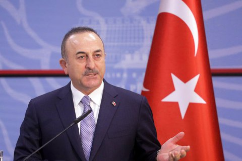 Туреччина заявила, що не займає нічию сторону в конфлікті між Росією і Україною