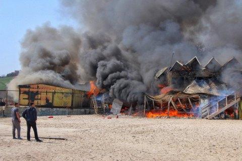 ВОдесі біля моря спалахнув ресторан: моторошні фото і відео