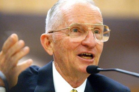 Скончался экс-кандидат в президенты США Росс Перо
