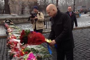 Лондон обвинил Москву в интервенции в Украину