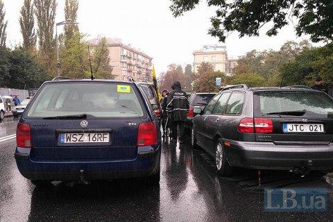 ДФС: 97% автомобілів на транзитних номерах перебувають в Україні незаконно