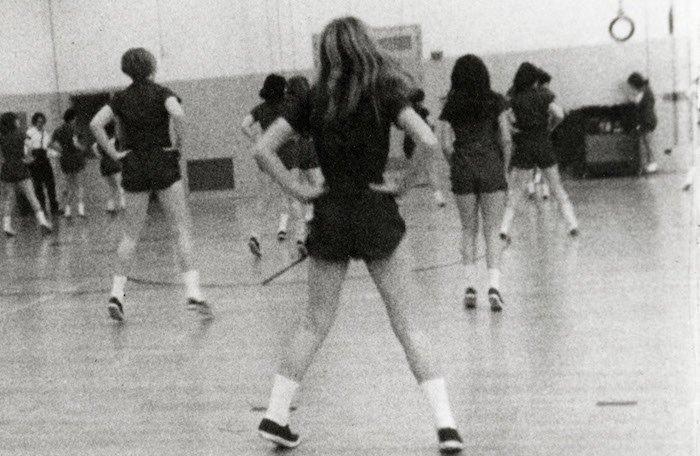 """Кадр з фільму """"Середня школа"""" 1968 року"""