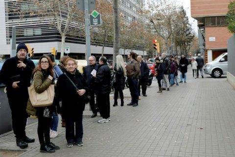 В Каталонии стартовали досрочные парламентские выборы