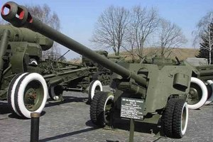 Сили АТО почали відводити озброєння (оновлено)