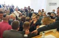 На сесії облради в Рівному побилися депутати