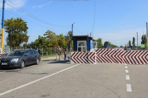 Два КПВВ на админгранице с Крымом изменят режим работы из-за ремонта