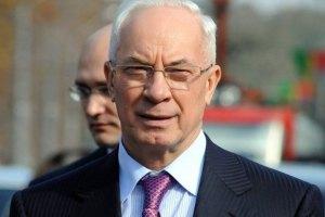 Азаров: ни правительство, ни ПР не имеют отношения к промедлению с подсчетом голосов