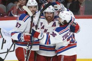 """НХЛ: Неш виграв для """"Рейнджерів"""" дербі Нью-Йорка"""