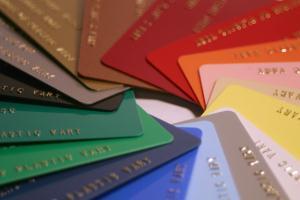 Украинские магазины отказываются от дисконтных карт