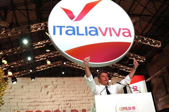 Колишній прем'єр-міністр Італії та засновник партії 'Italia Viva' Маттео Ренці під час виступу у Флоренції, 20 жовтня 2019