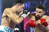 Украинский боксер Постол проиграл бой за звание чемпиона мира по версиям WBO и WBC