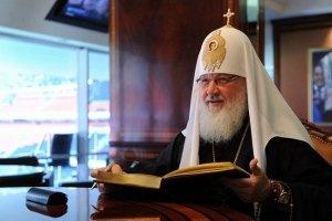 Янукович поздравил Кирилла с Днем ангела