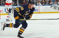 """Нападающий """"Баффало"""" переписал 85-летний рекорд НХЛ"""