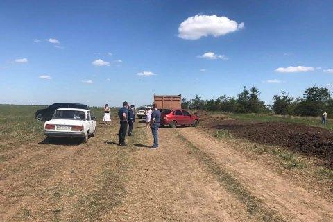 Поліція розслідує незаконне скидання пташиного посліду у передмісті Херсона