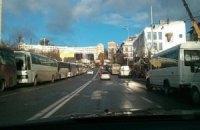 На Майдан привезли шесть автобусов с боксерами